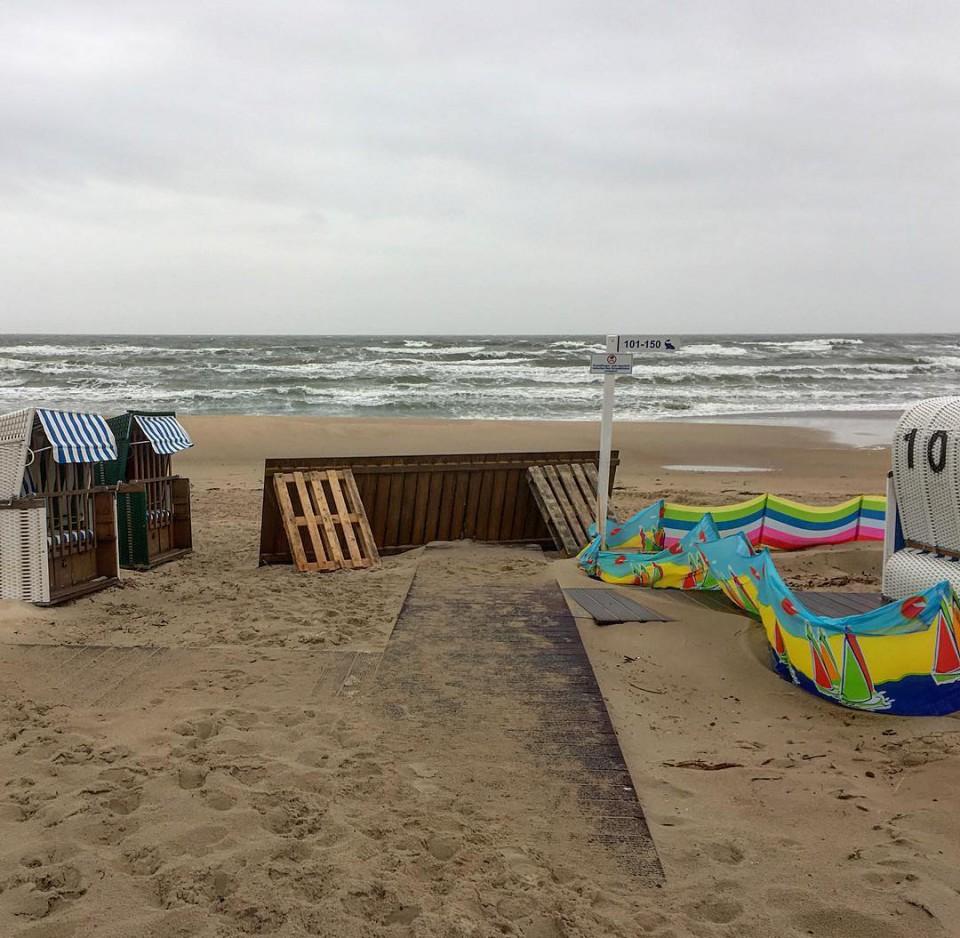 Stürmische Ostsee in Baabe