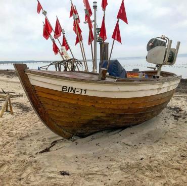 Ostseebad Binz auf Rügen. Fischerboot