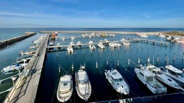 Sonnige Grüße aus dem Hafen Glowe 🤗️