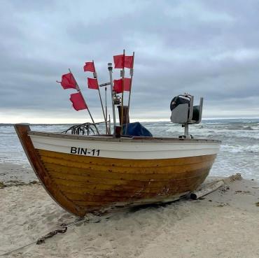 Grüße vom Strand. Wann kommst Du? ____________ SPEICHERNSpeichere dir den Beitrag, falls du später noch einmal drüber lesen möchtest.👥 TEILEN Teile den Beitrag in deiner Story oder sende ihn an jemanden, der den Content jetzt unbedingt braucht.#ruegen #rügen #ostsee #virtualruegality #balticsea #inselrügen #wirsindinsel #ostseeliebe #meer #strand #mvtutgut #ostseeküste #inselruegen #aufnachmv #rügenliebe #ruegenfotos #deutschland #meckpomm #landzumleben #ig_ruegen