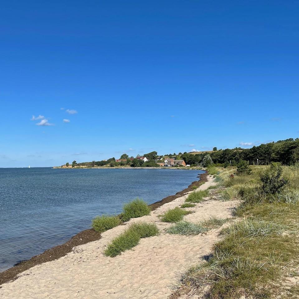 Ganz am Südosten der Insel Rügen befindet sich Klein Zicker. Wir wäre es mit einem Fahrrad Ausflug?